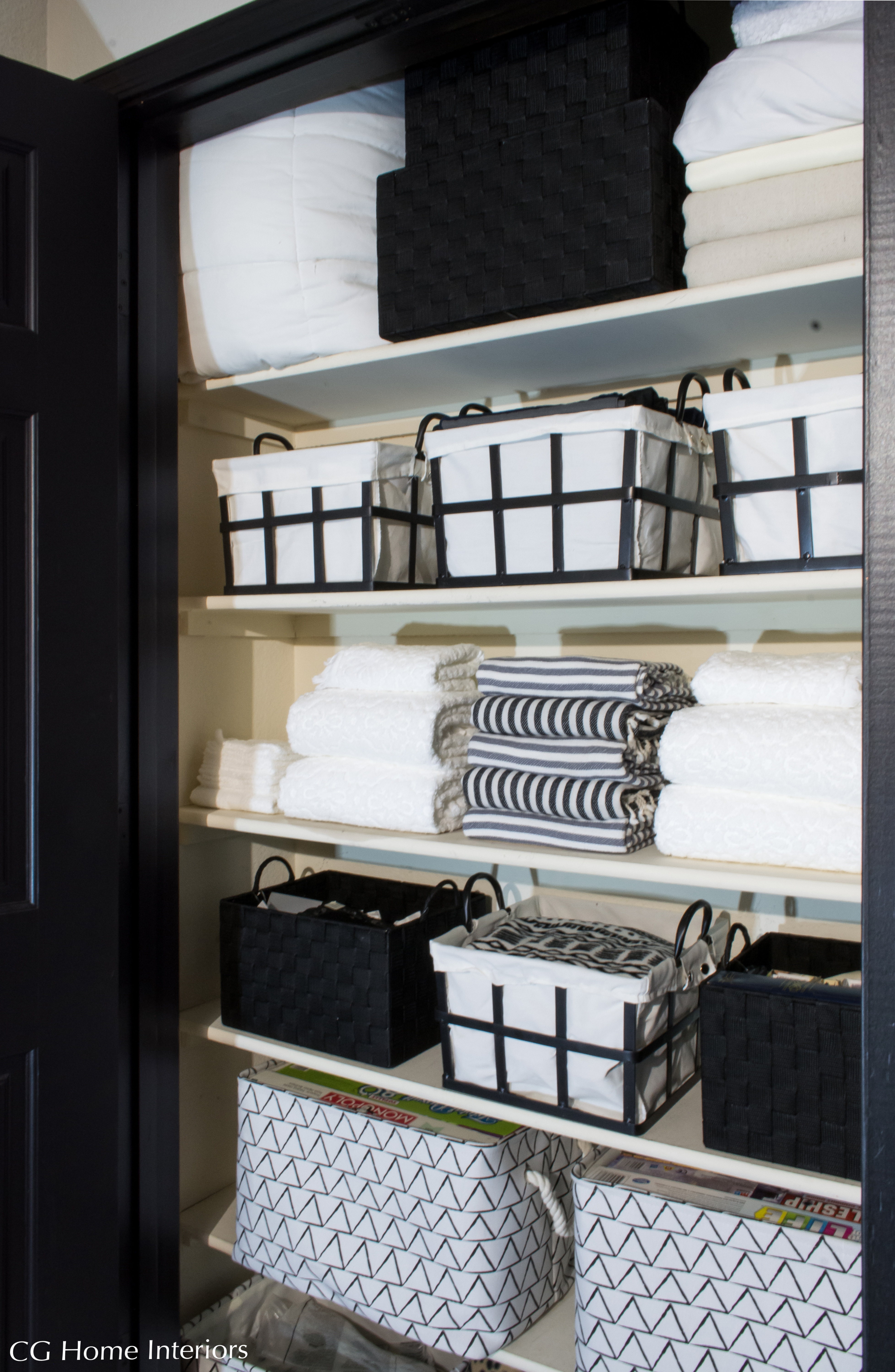 How to Organize, style and declutter your linen closet