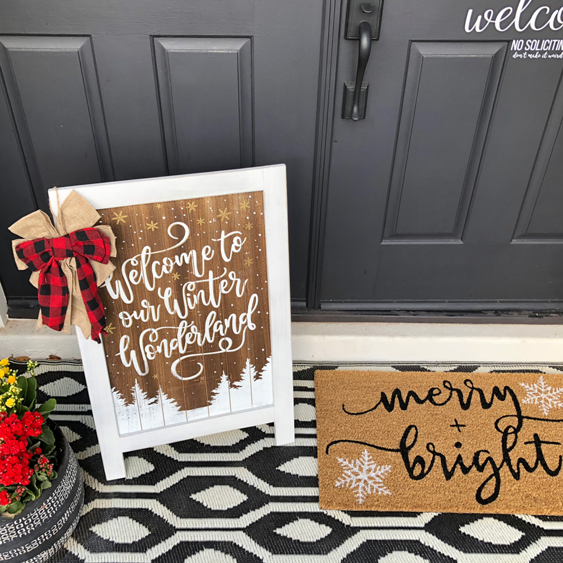 Simple + Neutral Front Porch Christmas Décor