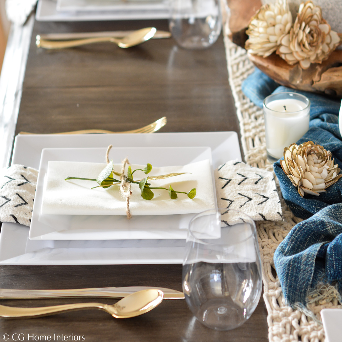 No-Fuss Disposable Holiday Table Settings