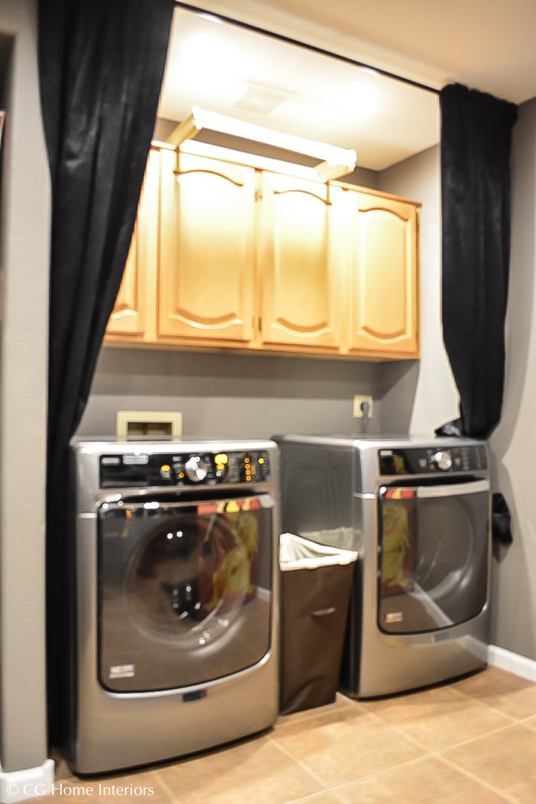 Small Laundry Room Budget Makeover BEFORE